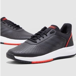 Adidas Coursmash
